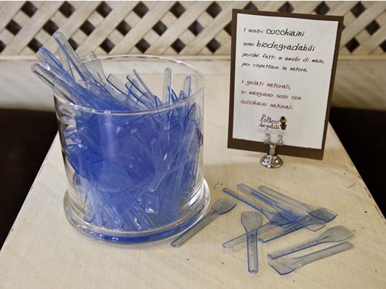 Cucchiaini biodegradabili